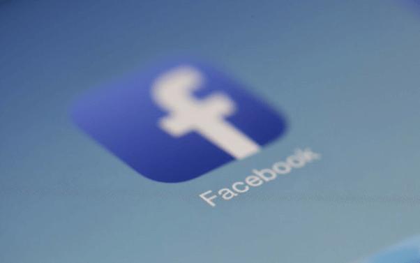 フェイスブックフォロワー10,000人に到達する方法