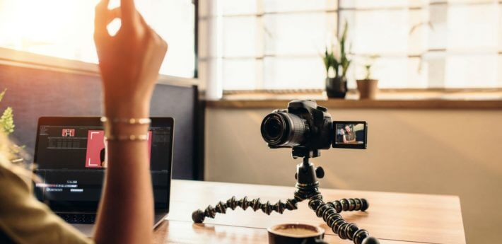 how-to-get-paid-on-youtube-as-a-vlogger?