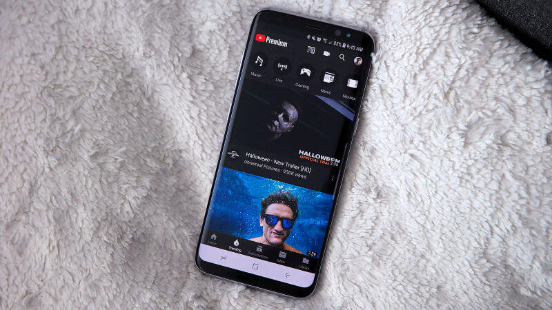 Create-a-Youtube-Community-post-on-mobile-phones